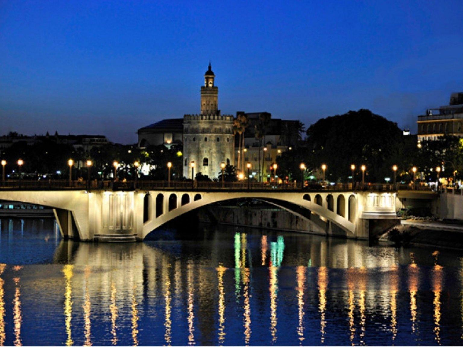visitando negro paseo en Sevilla